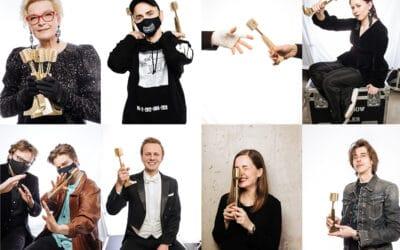 Zelta mikrofons | Portreti